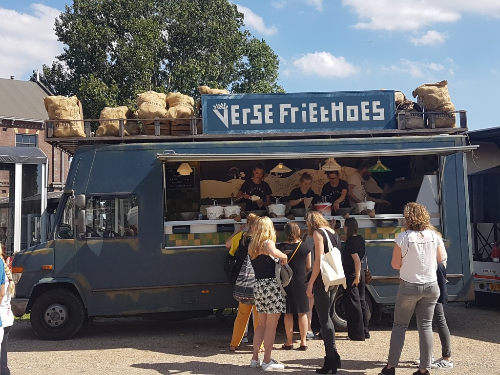 friethoes foodtruck vegetarisch