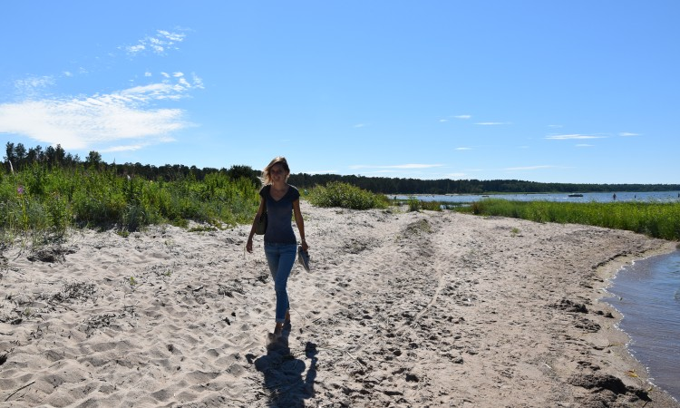 hike estonia coast