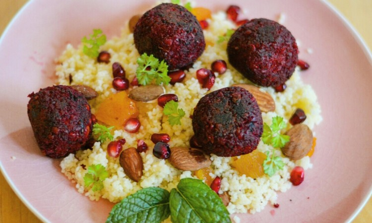 couscous met bieten falafel