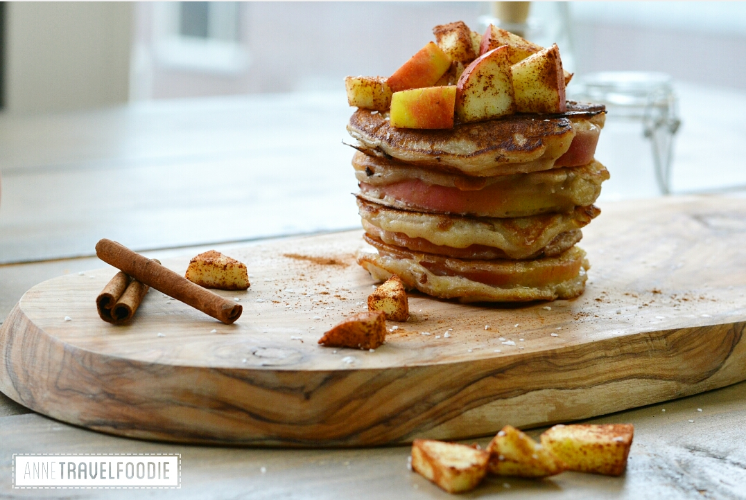 vegan apple pancakes