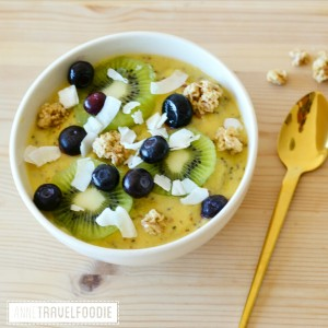 mango smoothie bowl recipe