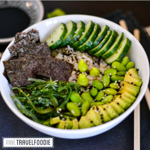 vegan sushi bowl or poke bowl