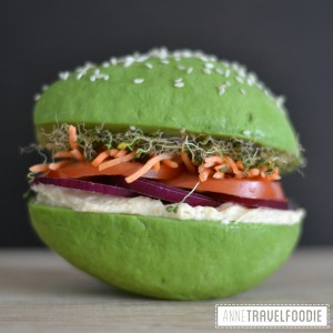 avocado bun avo burger, vegan gluten free, anne travel foodie