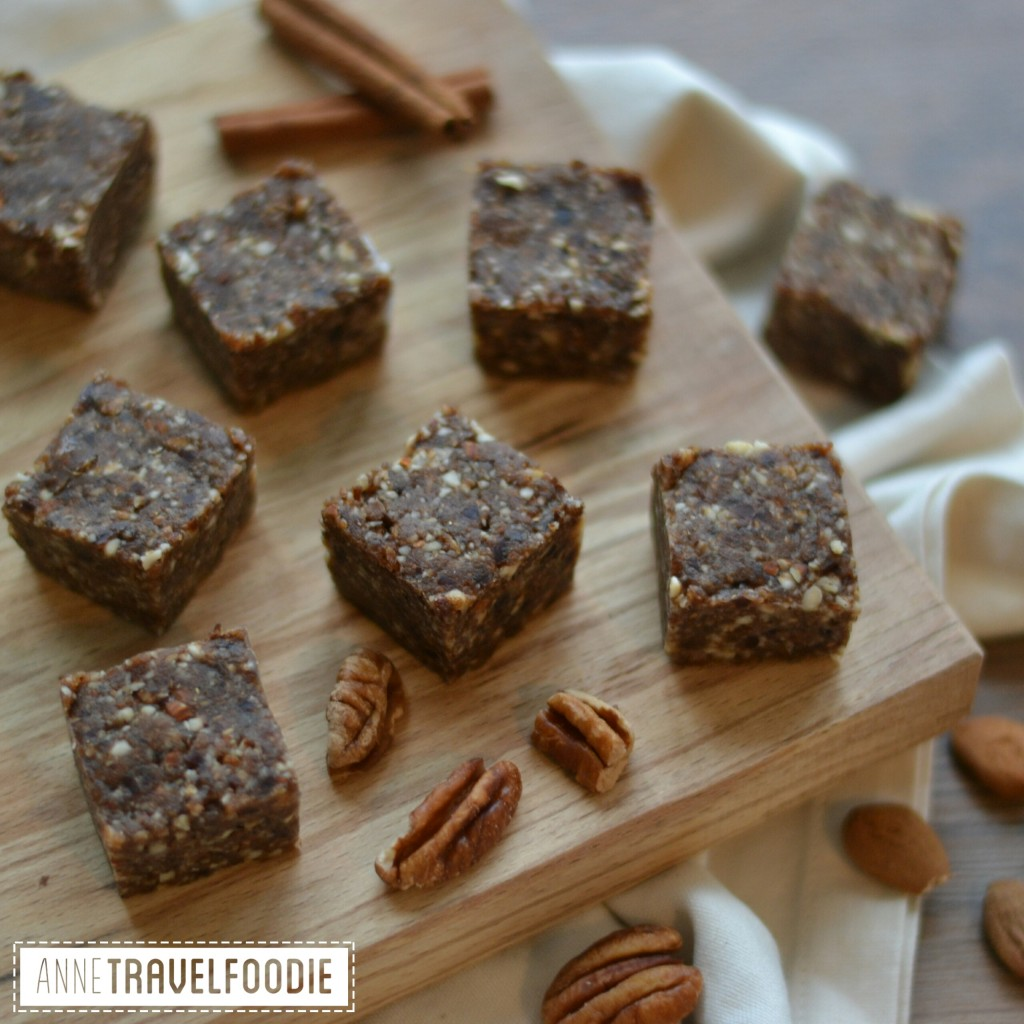instagram raw vegan pumpkin spice bars