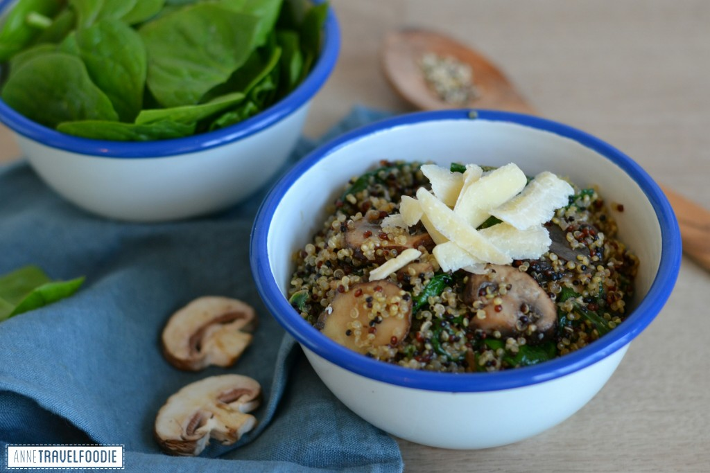 vegetarian quinoa risotto with spinach and mushrooms