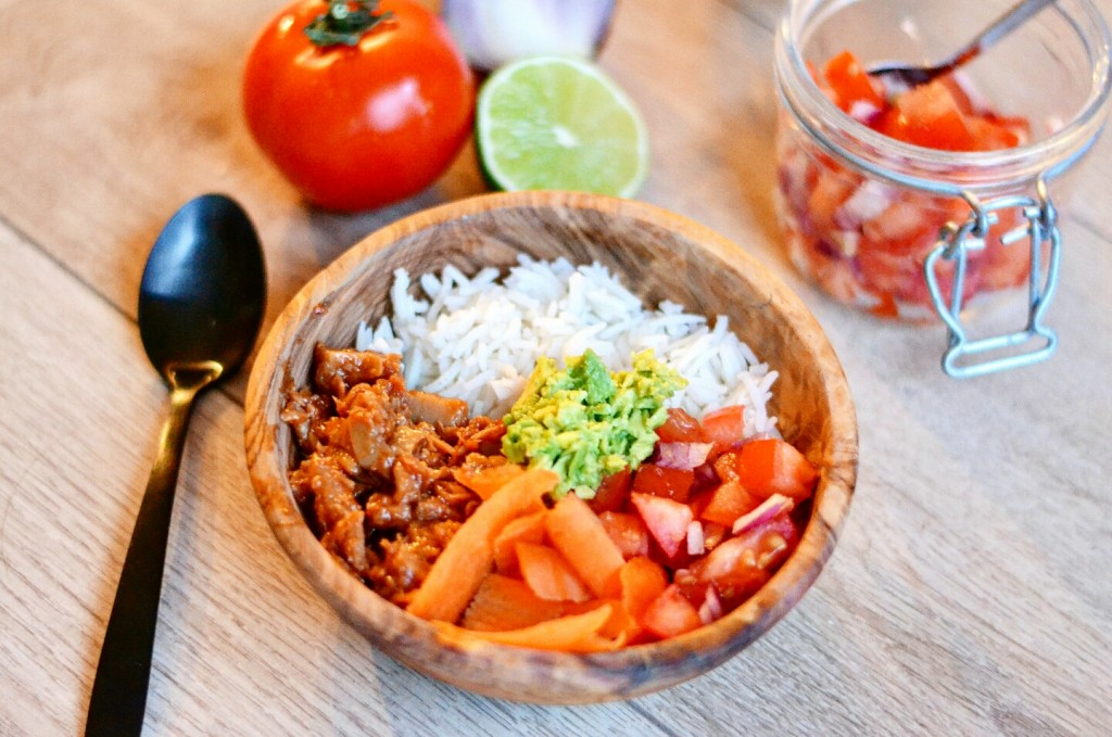 vegan mexican pulled pork bowl with vivera pulled veggie