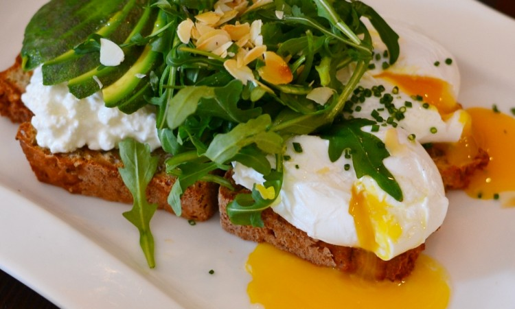 soda bread poached eggs avocado greenwouds amsterdam