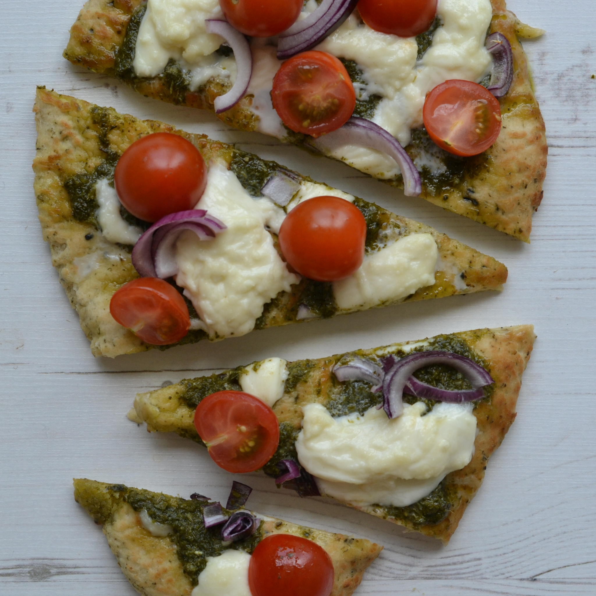 Super Easy Naan Bread Pizza Recipe Anne Travel Foodie