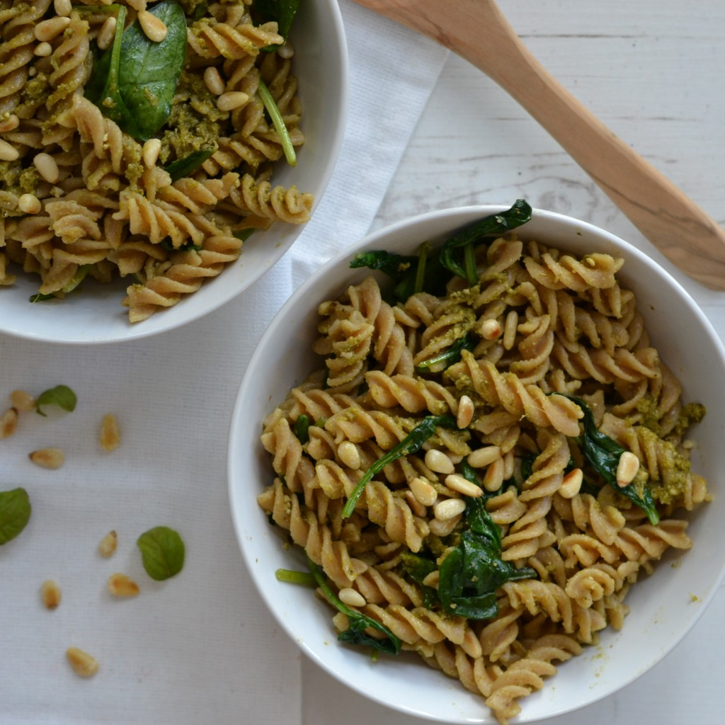 pasta pesto spinach vegetarian recipe