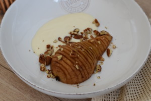 hasselback pear vegan recipe dessert