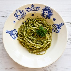 recipe spaghetti kale pesto