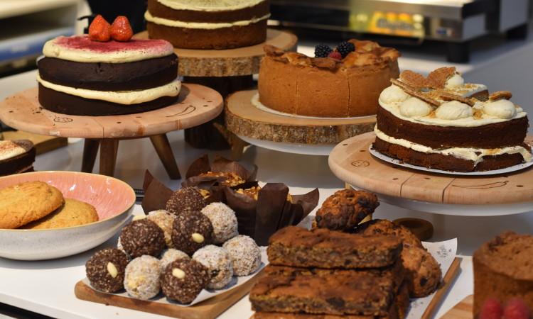 happiness bakery vegan eindhoven